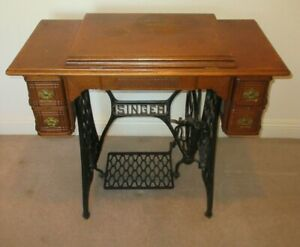 Vintage 1899 Singer Treadle Sewing Machine And 5 Drawer Table Cast Iron Pedal