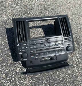 03 04 05 Infiniti Fx35 Fx45 Cd Sat Radio Tape Player Climate Control Panel Oem