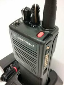 Motorola Ht1000 Construction Radio Vhf 136 174 Mhz 16 channel Narrowband
