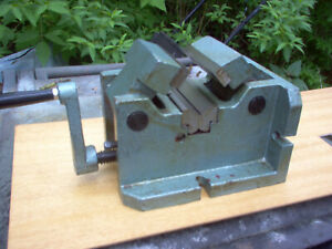 Milling Machine Vise With Self Centering Jaws