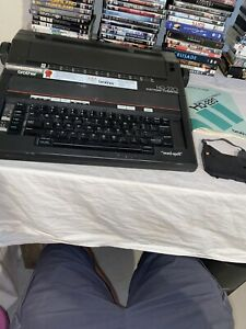 Brother Hq 220 Electronic Typewriter Check Description