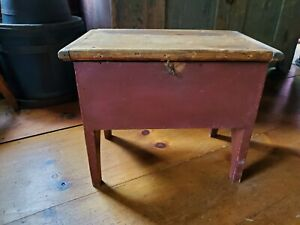 Early Chest Original Red Paint And Latch Nr