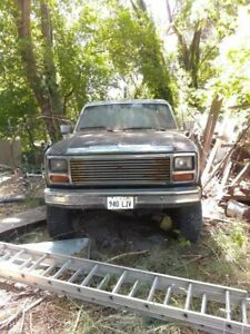 351 Modified Engine 1978 Motor Holly Carburetor 850 Been Sitting For 15 Years