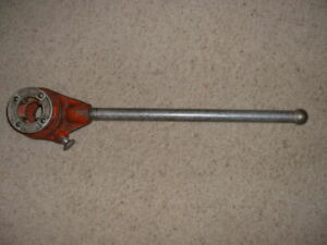 Ridgid Model 2 s D 286 Ratchet Pipe Threader And 1 1 4 Die Excellent