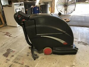 Used Viper Fang 20t 20 Floor Scrubber With Traction Drive Motor