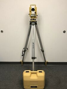 Topcon Dt 209 Optical Digital Theodolite W Carrying Case Tripod Dt 200 Series