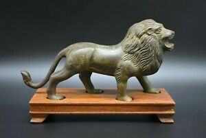 Ancient Roman Bronze Lion Figurine C 1st 3rd Century Ad With Wooden Stand