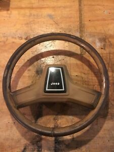 Jeep Grand Wagoneer Steering Wheel Complete With Horn Button J10