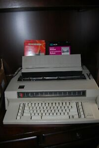 Ibm Wheelwriter 3 Electronic Typewriter Type 674x Works Good 2 Extra Ribbons