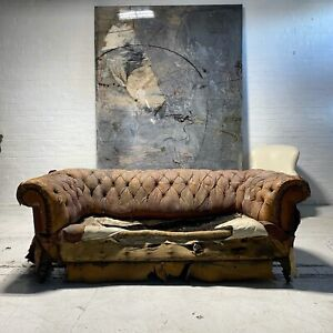 Very Good 19thc Victorian Leather Chesterfield Sofa Including Full Restoration