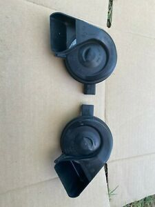 2011 Audi A5 2 0l High Low Tone Horn Set Left Right Oem 99k