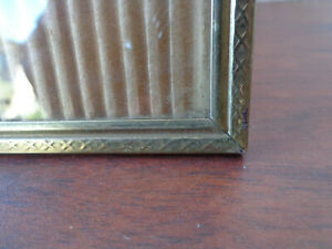 Vintage Gold Metal Picture Frame 8x10 Photo Ribbed Embossed Victorian Style