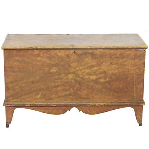 Early 1800 S Faux Grain Painted Pine Blanket Chest Trunk 40 W 19 1 2 Tall