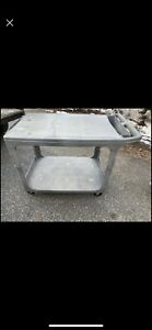 Rubbermaid Flat Shelf Plastic Service Utility Cart 44 l 25 w 33 h