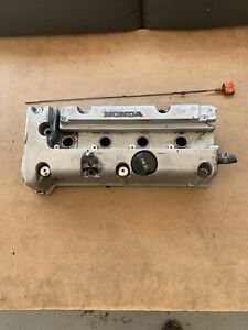 2003 2007 Honda Accord Sedan Coupe 2 4l Cylinder Head Valve Cover Oem