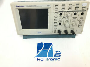 Tektronix Tds220 Two Channel Digital Real time Oscilloscope 100mhz for Parts
