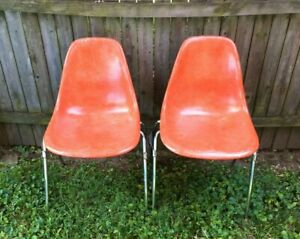 Vintage Pair Of 2 Curtis Shell Side Chairs Orange Salmon Fiberglass Mid Century