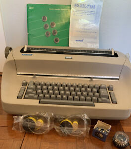 Ibm Selectric Electric Typewriter Tan W Cover Manual 2 Ribbons 1 Font Ball