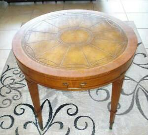 Antique Weiman Tables Quality Drum Table 639 9601 W 1 Drawer Brass Accent