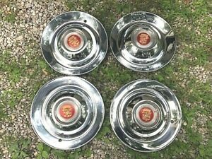 1947 1948 1949 1950 1952 Cadillac Sombrero Hubcaps Set Of 4 Very Nice Used Oem