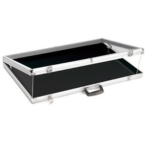 Portable Lightweight Aluminium Locking Showcase 24 L X 20 W X 3 H Inches