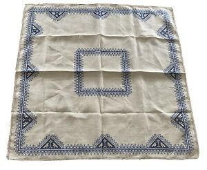 Vintage Linen Tea Tablecloth Bridge Hand Cut Blue Embroidery 6 Matching Napkins