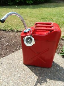 Blitz Usa Red Metal Gasoline Gas Jerry Can 5 Gallon Blitz With Metal Spout 1980