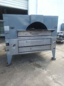 Y 800 fc 816 Bakers Pride Gas Pizza Oven Double Deck Includes Free Shipping