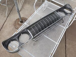 1974 1975 1976 1977 Datsun 710 Grille Grill Panel
