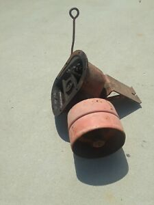 Vintage Allis Chalmers Tractor Pto Gearbox With Belt Pulley
