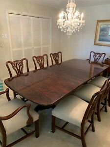 Henredon Classic Dining Table W 8 Chairs Great Condition Original Owner