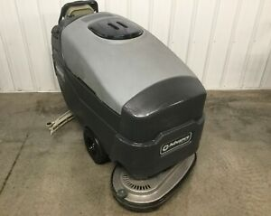 Advance Warrior St 32 Disk Floor Scrubber