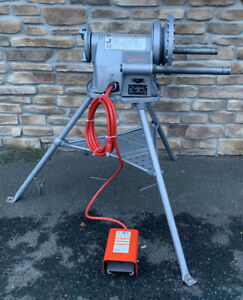 Ridgid 300 T2 Pipe Threader 1 2 2 Rigid 700 1822 1224 535 fully Serviced 7