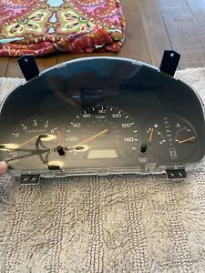 2000 2001 2002 Honda Accord Ex Speedometer Cluster Sedan At 78100 S84 A730m1