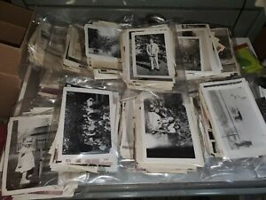 LOT OF 100 ORIGINAL RANDOM FOUND OLD PHOTOS MOSTLY Bamp;W VINTAGE SNAPSHAPSHOTS $17.99