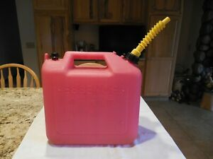 5 Gallon Wedco Vented Gas Can With Spout Cap Good Clean Cond Inside Out