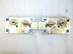 Pair Of Reisner 440 Series Safe Deposit Locks 1 Left 1 Right used free Shipping