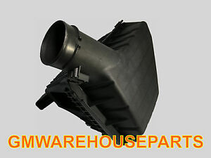 2012 2015 Camaro 3 6 Air Cleaner Assembly New Gm 92240654