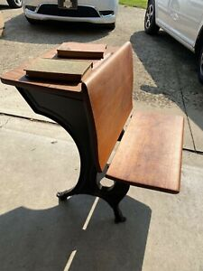 Antique Vintage Child S Student Old Fashioned Wooden School Desk 1925 1940