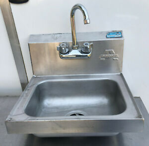 Advance Tabco 17x15 Stainless Steel Wall Mount Hand Sink Faucet Backsplash Nd