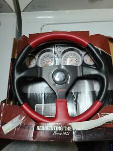 Grant 1067 Universal 3 Spoke Steering Wheel Beat Up Box