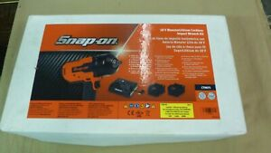 Snap on 18v Monster Lithium Cordless Impact Wrench Kit Ct8850 In Box W 2 Batts