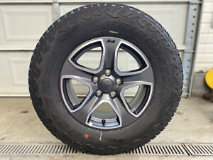 5 New Takeoff Jeep Wrangler Charcoal Satin 17 Factory Oem Wheels Rims At Tires