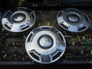 Lot Of 3 Ford Dog Dish Hub Caps 12 For 16 Wheels 80 S Style
