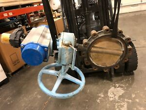 Abz 10 Resilient Seated Lug Type Actuated Butterfly Valve Model Da 145 Da 105