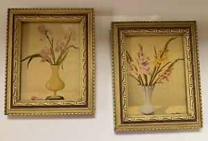 Vintage Set Of 2 Flower Pictures Frames Approximately 4 1 2 X 6