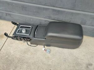 2015 2016 2017 2018 Chrysler 300 Floor Center Console W Dial Shifter Oem 2019