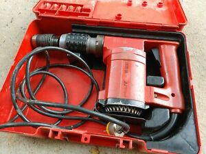 Hilti Te 22 Rotary Hammer Drill In Original Case