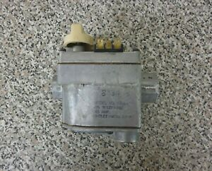 Carrier Bryant Payne Robertshaw 301273 702 646a x Furnace Gas Control Valve Used