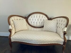Victorian 1900 S Love Seat Walnut Carved Wood Fresh Upholstery